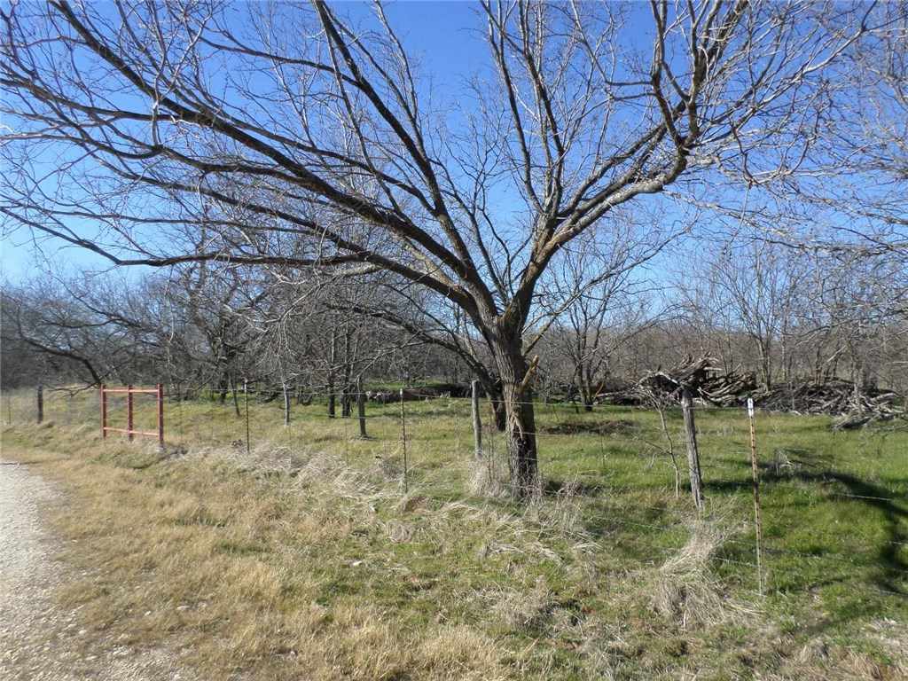 Active | TBD I-35W  Alvarado, TX 76009 16