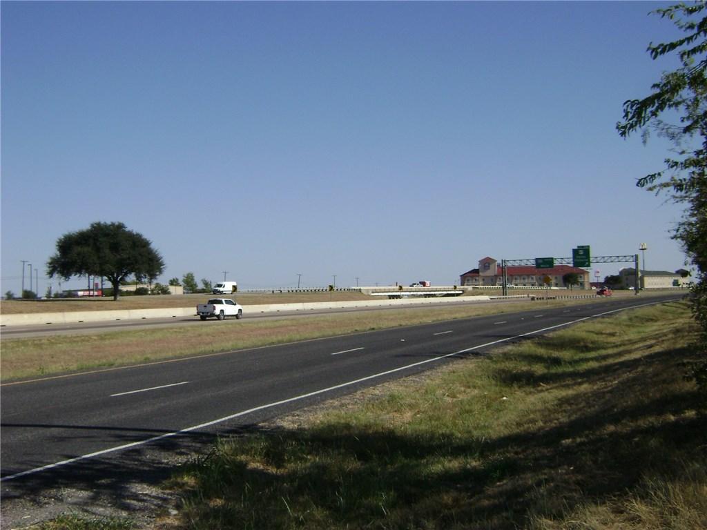 Active | TBD I-35W  Alvarado, TX 76009 3