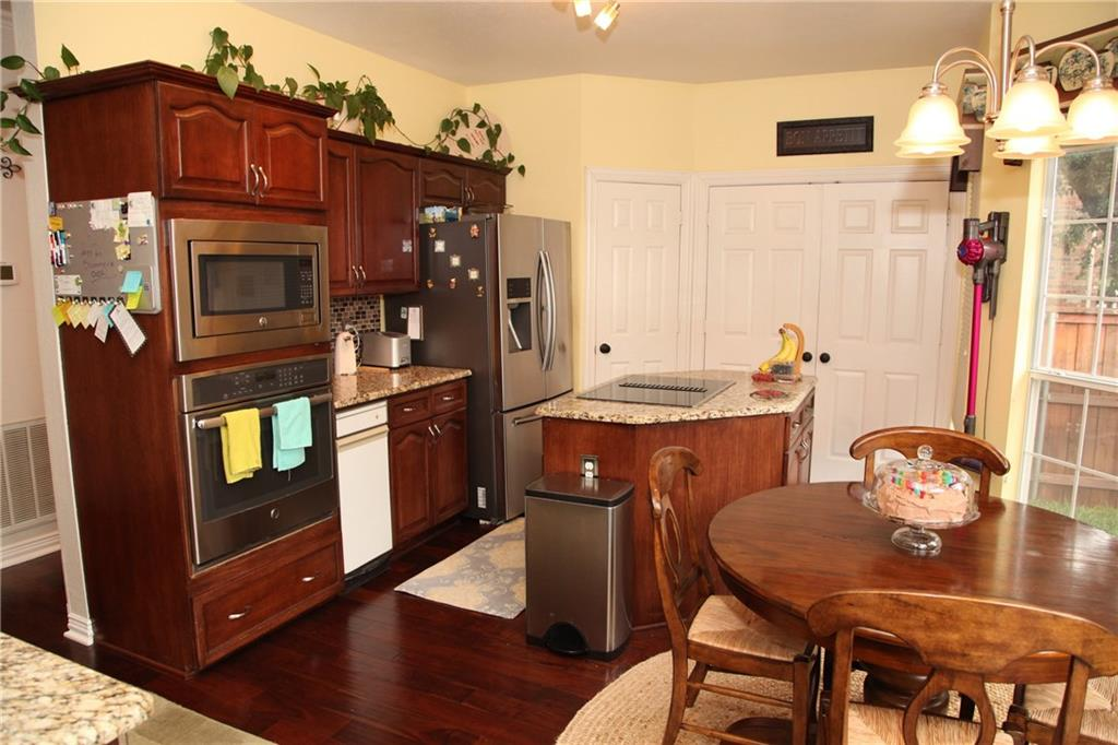 Sold Property | 1211 Saint Regis Drive Irving, Texas 75038 9