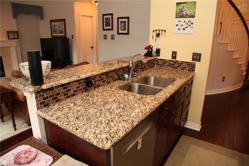 Sold Property | 1211 Saint Regis Drive Irving, Texas 75038 10