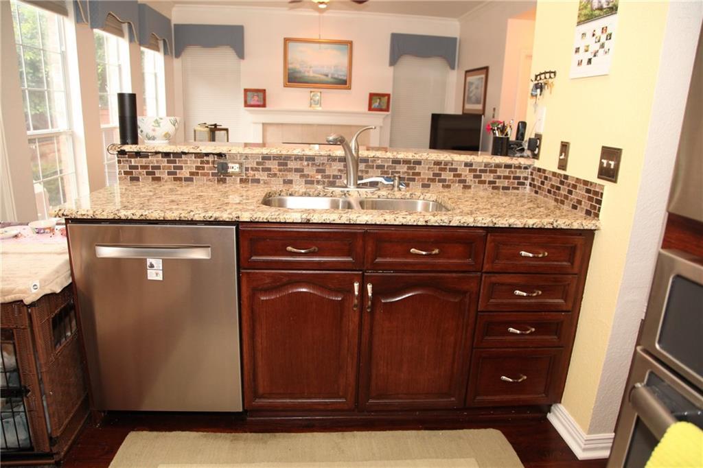 Sold Property | 1211 Saint Regis Drive Irving, Texas 75038 13