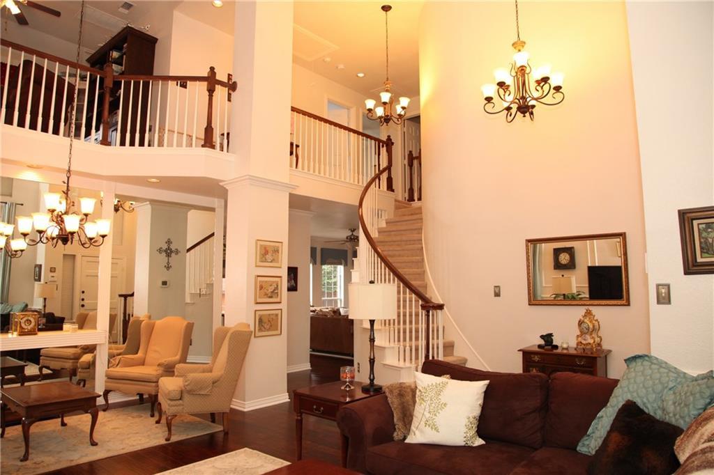 Sold Property | 1211 Saint Regis Drive Irving, Texas 75038 3