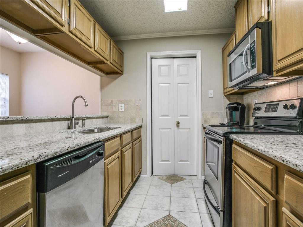 Sold Property | 6210 Oram Street #8 Dallas, Texas 75214 5