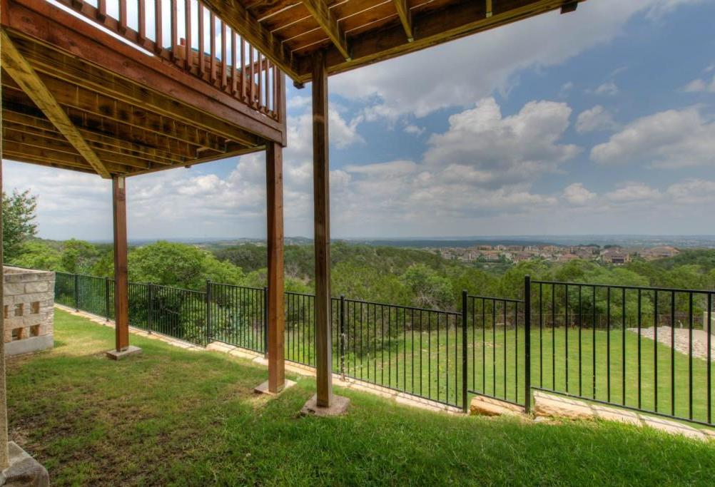 Leased | 232 Aria RDG Austin, TX 78738 30