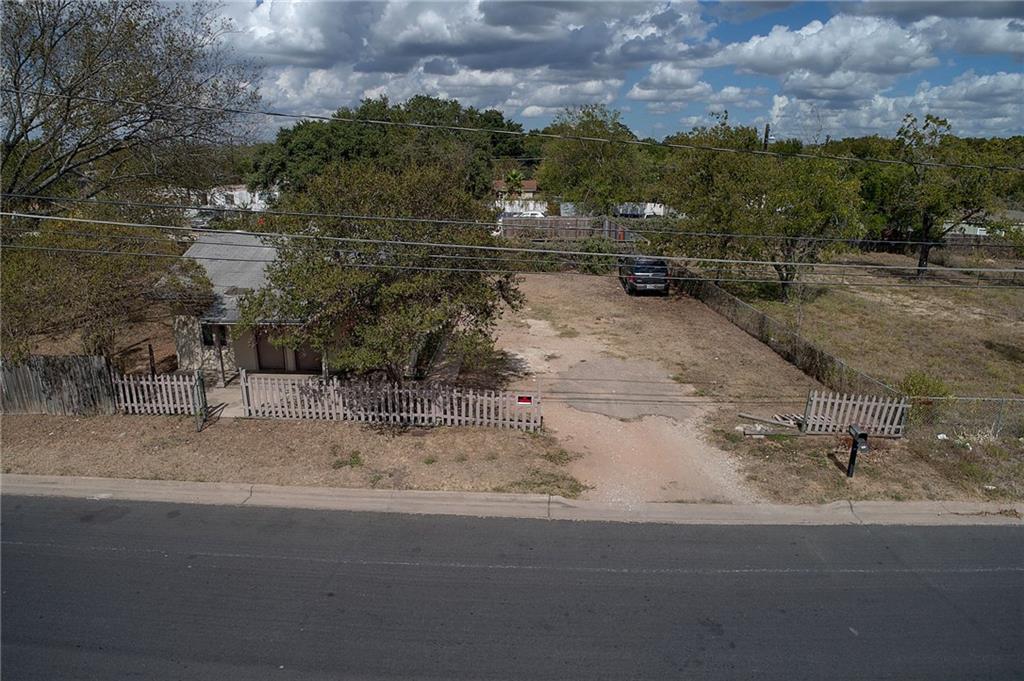 Sold Property | 6310 Felix ave Austin, TX 78741 3