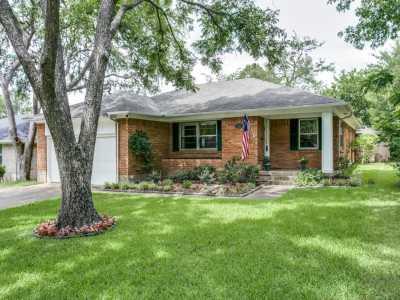 Sold Property   11720 FARRAR Street Dallas, Texas 75218 27