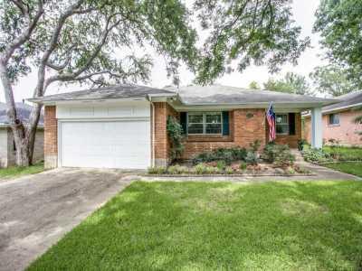 Sold Property   11720 FARRAR Street Dallas, Texas 75218 28