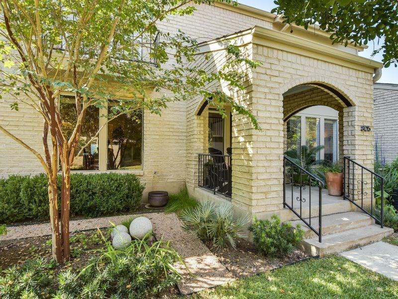 Closed | 8105 Middle Court Austin, TX 78759 12