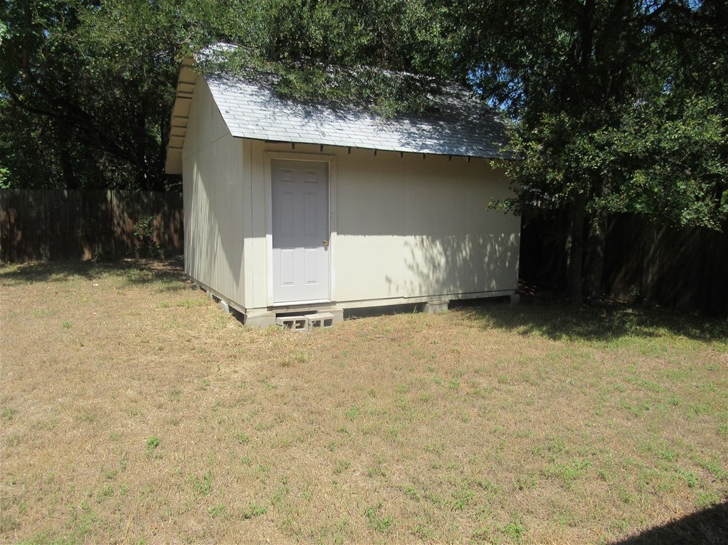 Withdrawn | 2916 Zeke Bend Austin, TX 78745 17