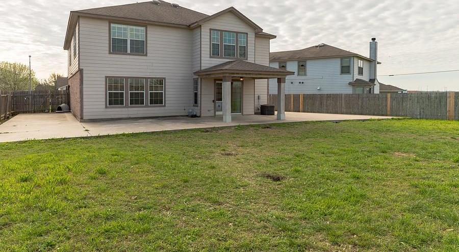 Sold Property   112 Burnet Forest CV Elgin, TX 78621 23