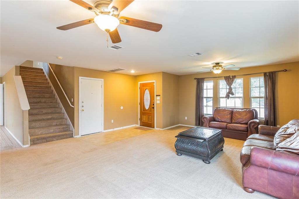 Sold Property   112 Burnet Forest CV Elgin, TX 78621 4