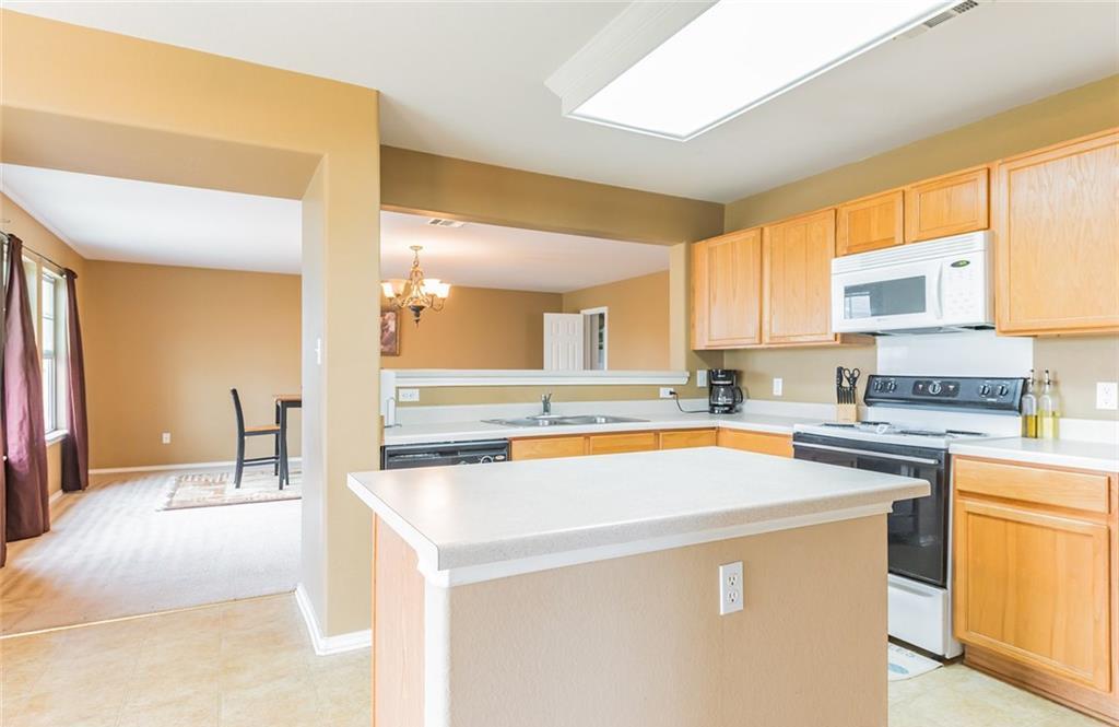 Sold Property   112 Burnet Forest CV Elgin, TX 78621 8