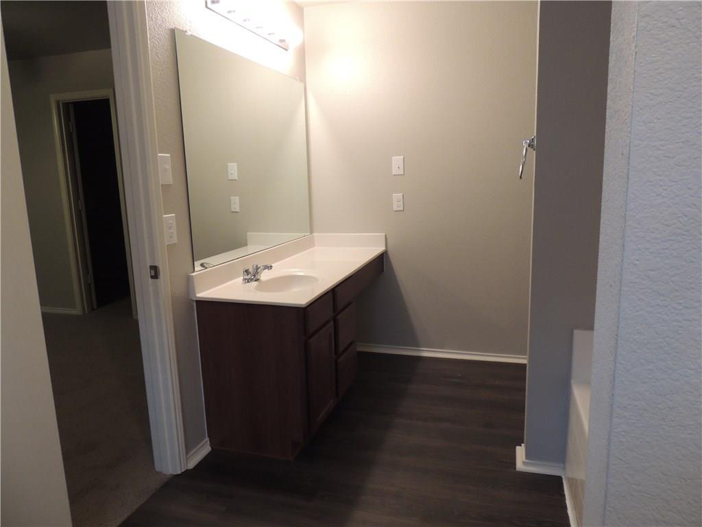 Sold Property   2909 Yoakum Street Fort Worth, Texas 76108 27