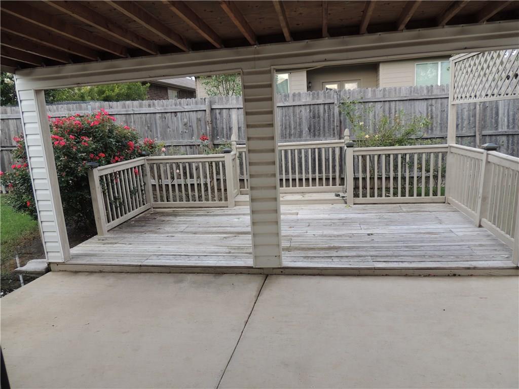 Sold Property   2909 Yoakum Street Fort Worth, Texas 76108 33