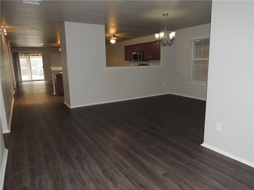 Sold Property   2909 Yoakum Street Fort Worth, Texas 76108 6