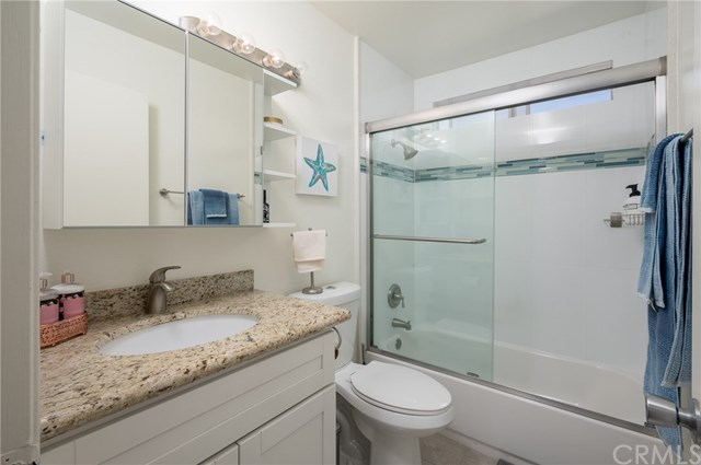 Closed | 645 Pacific Avenue #209 Long Beach, CA 90802 13