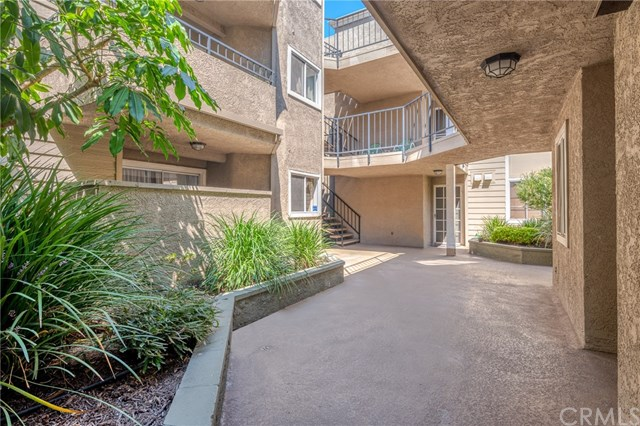 Closed | 645 Pacific Avenue #209 Long Beach, CA 90802 20