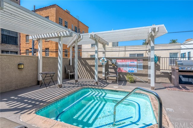 Closed | 645 Pacific Avenue #209 Long Beach, CA 90802 22