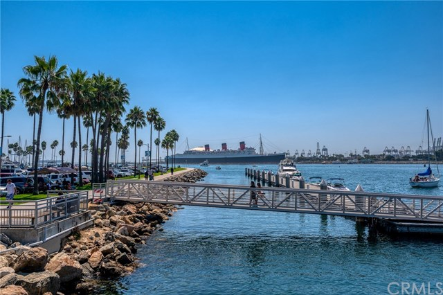 Closed | 645 Pacific Avenue #209 Long Beach, CA 90802 36