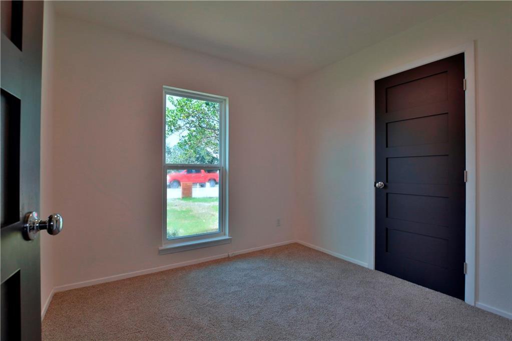 Sold Property   6035 Bluebell CIR Austin, TX 78741 11