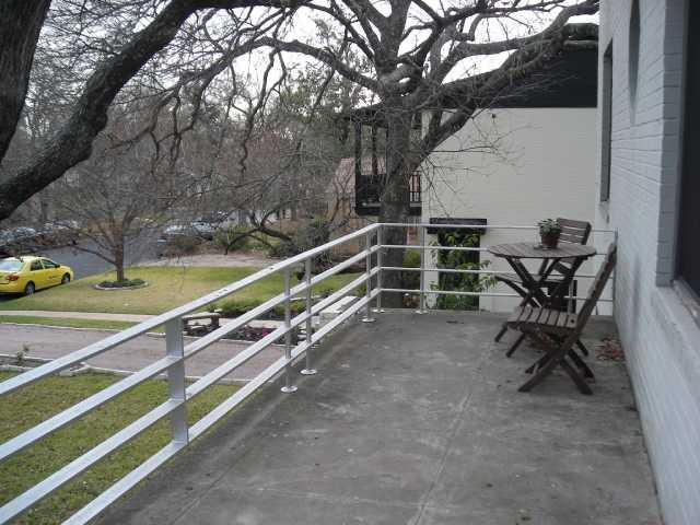 Leased | 1206 Lorrain  #B Austin, TX 78703 4