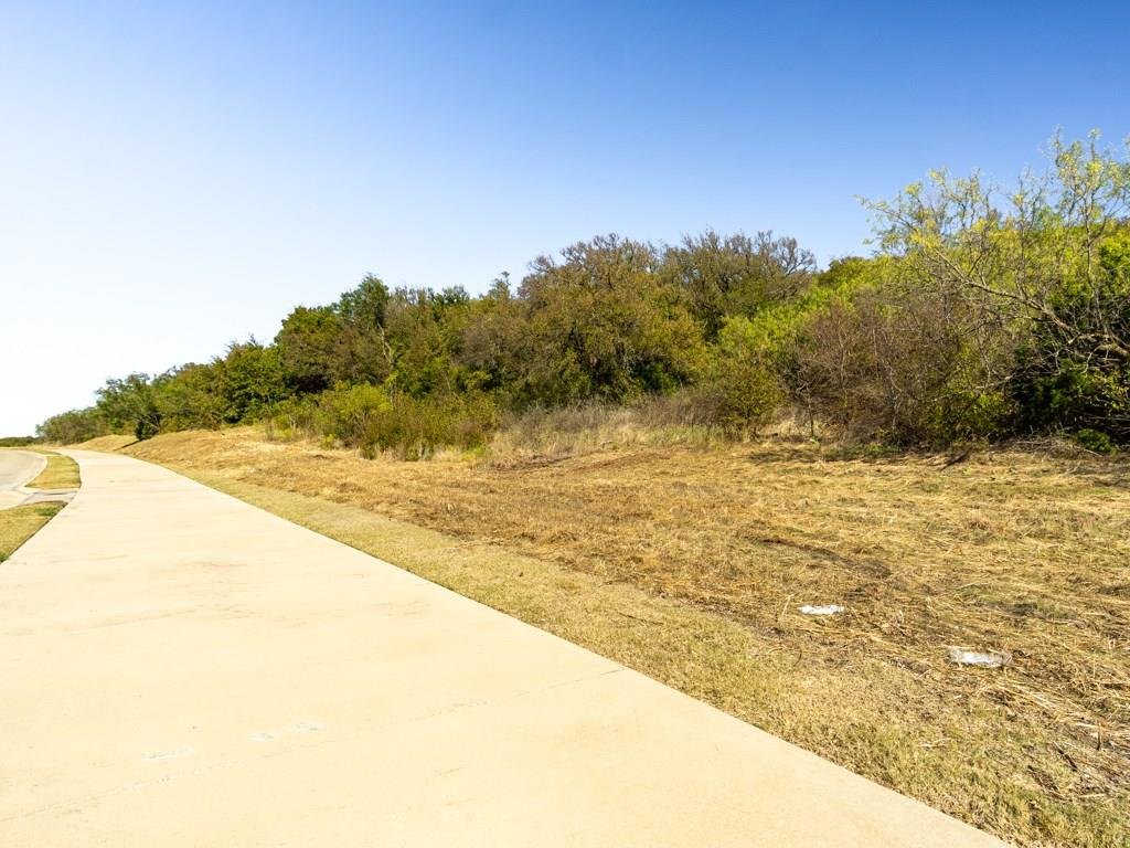 Active | 700 Lake Ridge  Parkway Cedar Hill, TX 75104 10