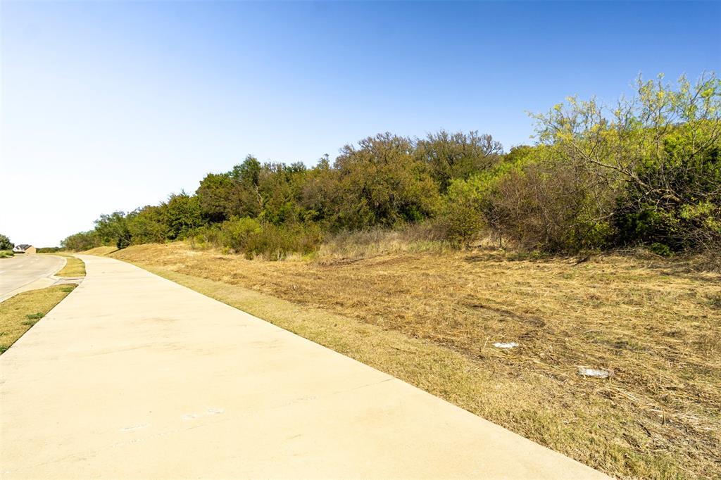 Active | 700 Lake Ridge  Parkway Cedar Hill, TX 75104 4