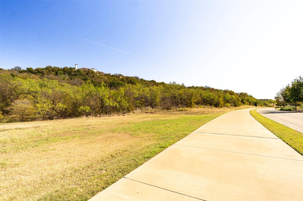 Active | 700 Lake Ridge  Parkway Cedar Hill, TX 75104 5