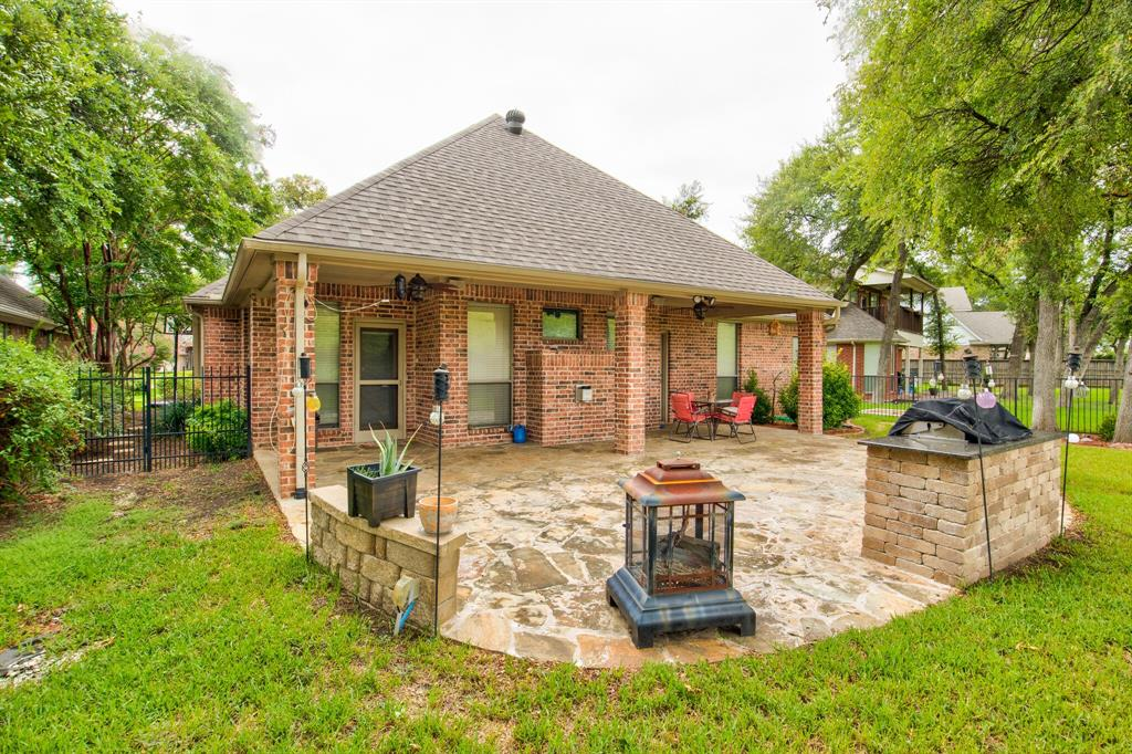 Active | 5921 Riverbend  Place Fort Worth, TX 76112 26