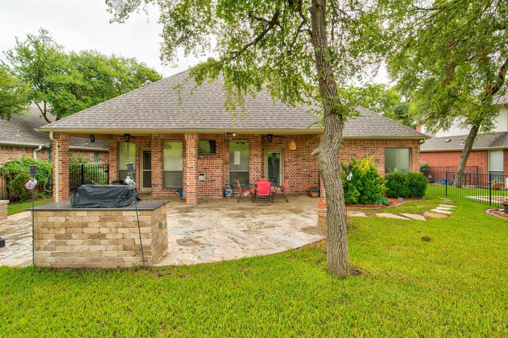 Active | 5921 Riverbend  Place Fort Worth, TX 76112 27