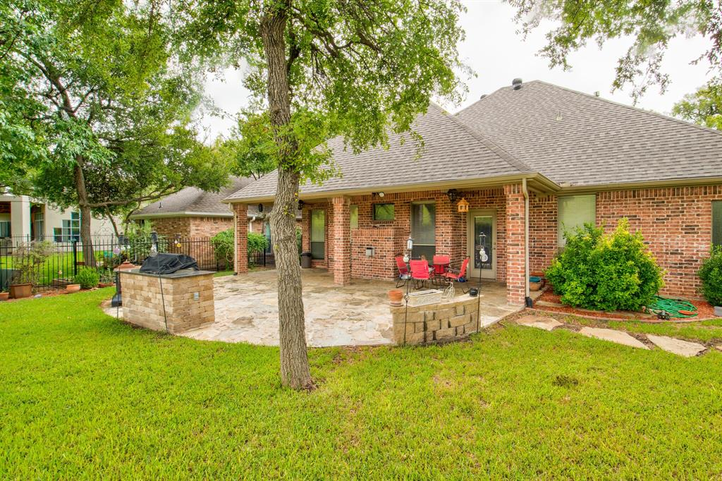Active | 5921 Riverbend  Place Fort Worth, TX 76112 28