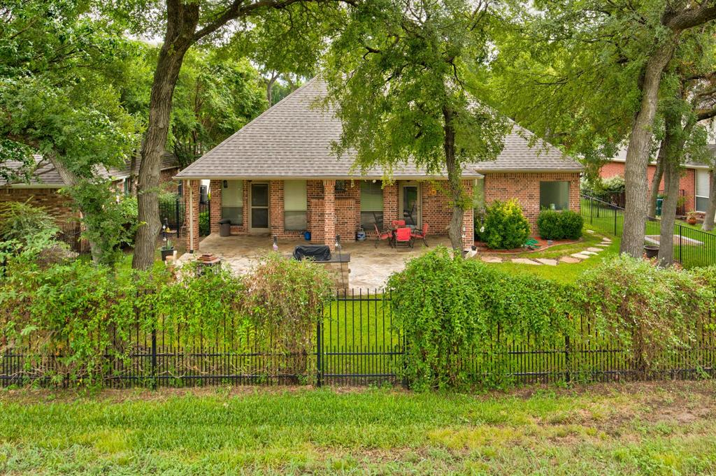 Active | 5921 Riverbend  Place Fort Worth, TX 76112 29