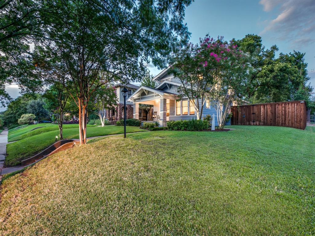 Sold Property | 700 Huntley  Street Dallas, TX 75214 1