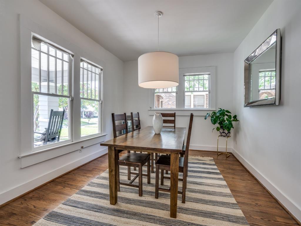 Sold Property | 700 Huntley  Street Dallas, TX 75214 11