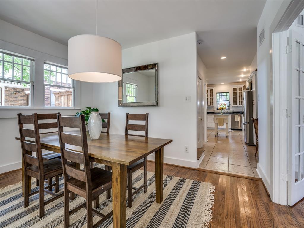 Sold Property | 700 Huntley  Street Dallas, TX 75214 12