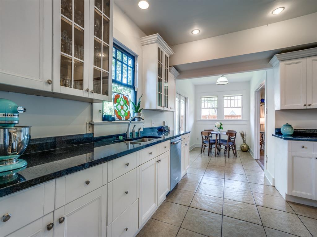 Sold Property | 700 Huntley  Street Dallas, TX 75214 14