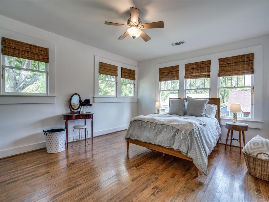 Sold Property | 700 Huntley  Street Dallas, TX 75214 17