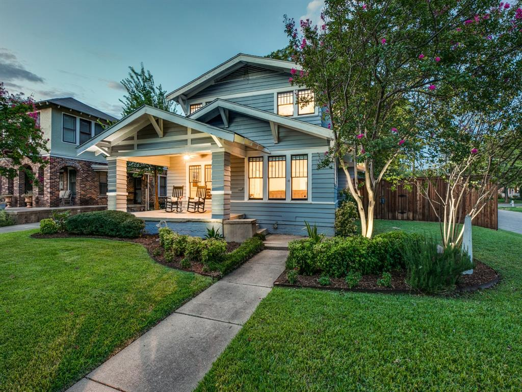 Sold Property | 700 Huntley  Street Dallas, TX 75214 2