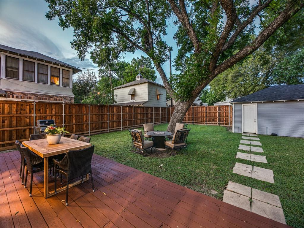 Sold Property | 700 Huntley  Street Dallas, TX 75214 27
