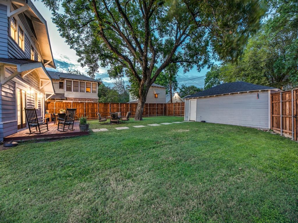 Sold Property | 700 Huntley  Street Dallas, TX 75214 29