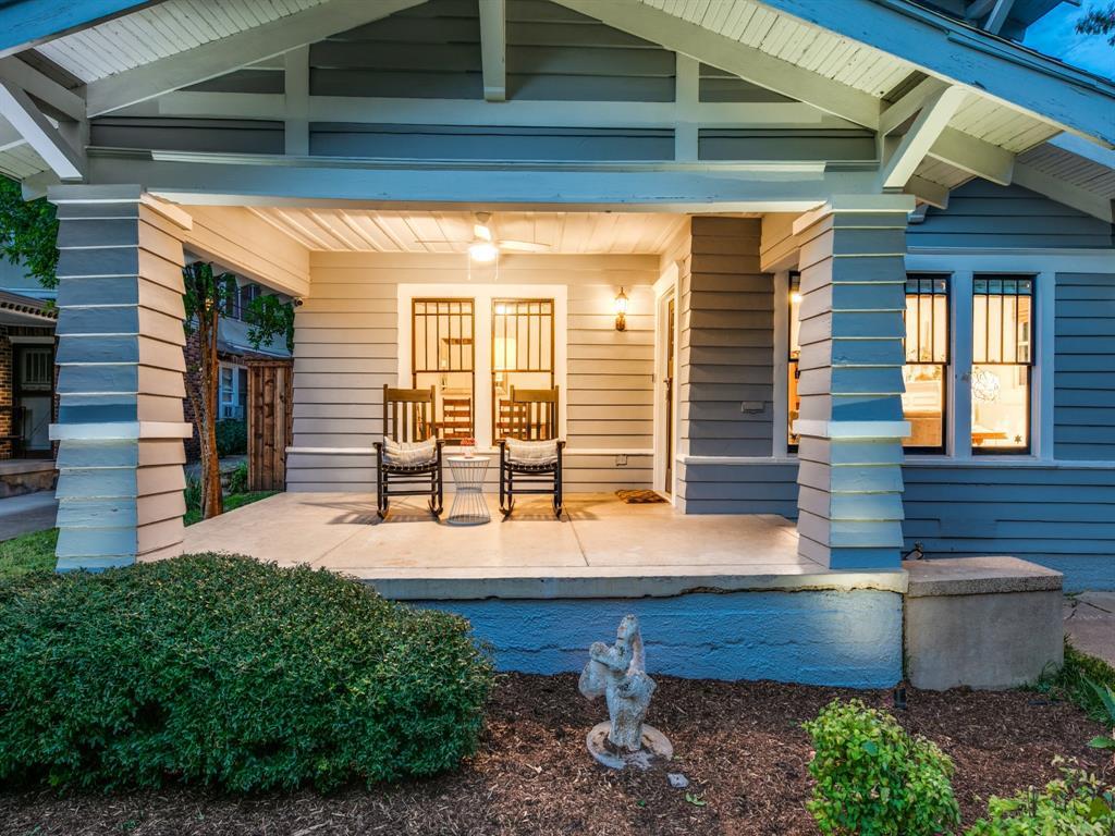 Sold Property | 700 Huntley  Street Dallas, TX 75214 3