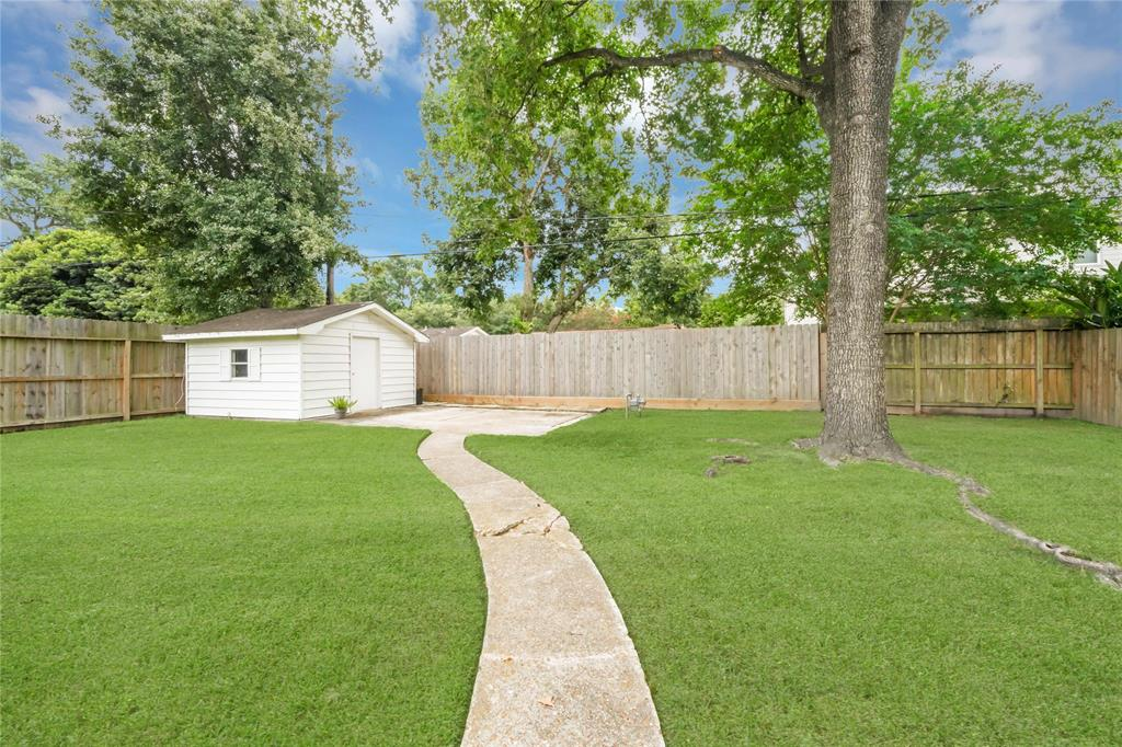 Active | 2626 Willowby  Drive Houston, TX 77008 17