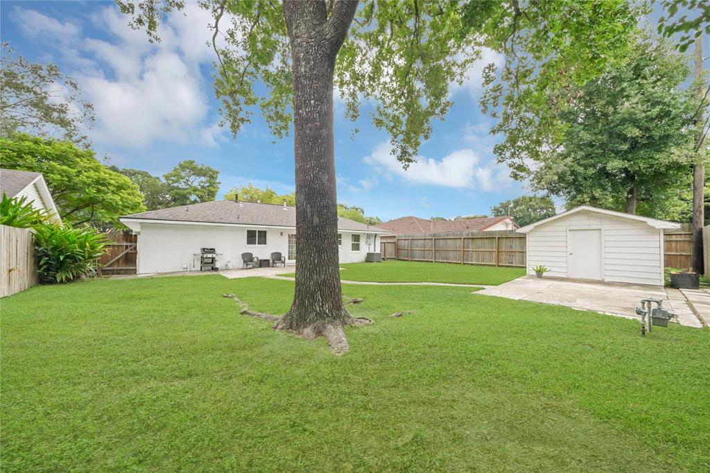 Active | 2626 Willowby  Drive Houston, TX 77008 19