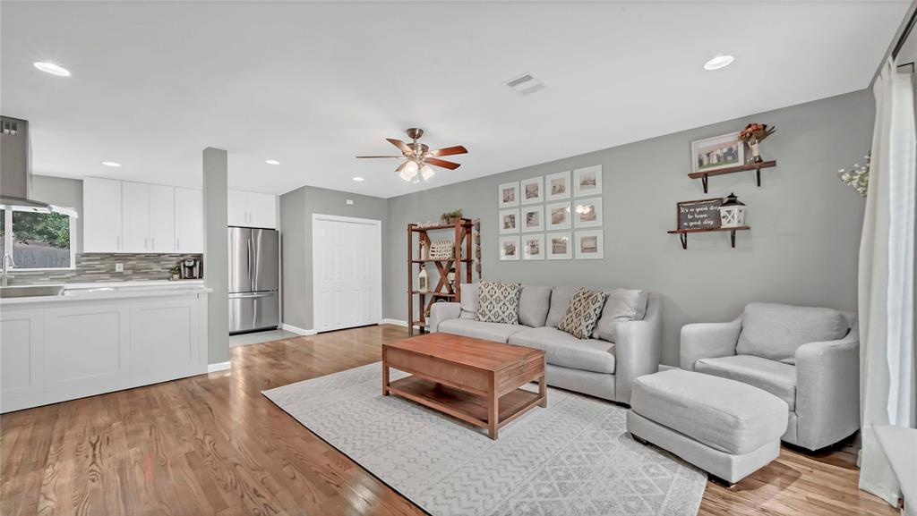 Active | 2626 Willowby  Drive Houston, TX 77008 5