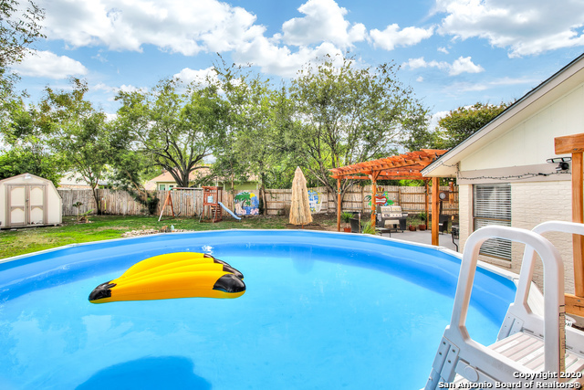 Active Option | 8702 MOUNTAIN BREEZE ST San Antonio, TX 78251 32