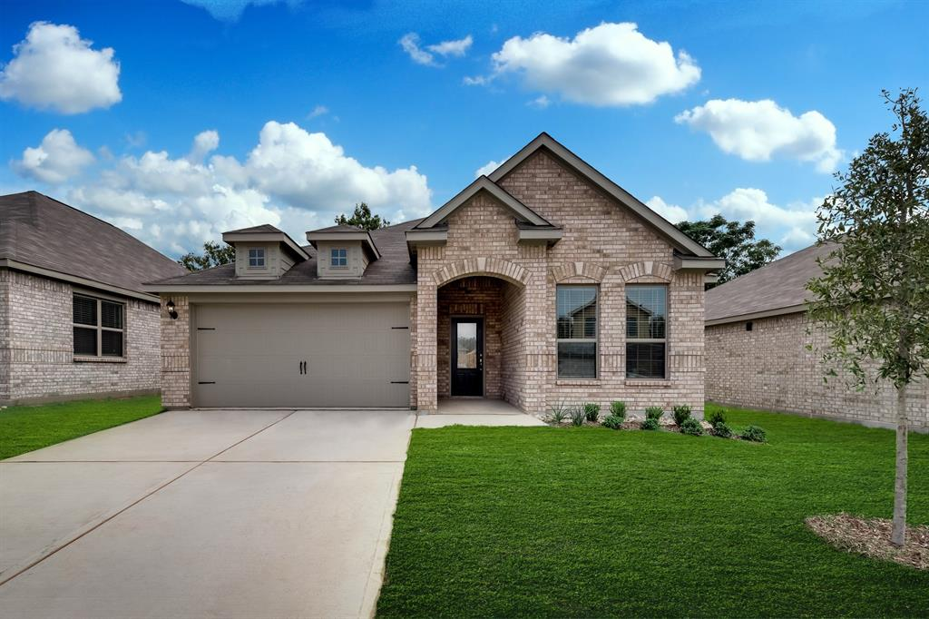 Pending | 437 Lowery Oaks  Trail Fort Worth, TX 76120 0