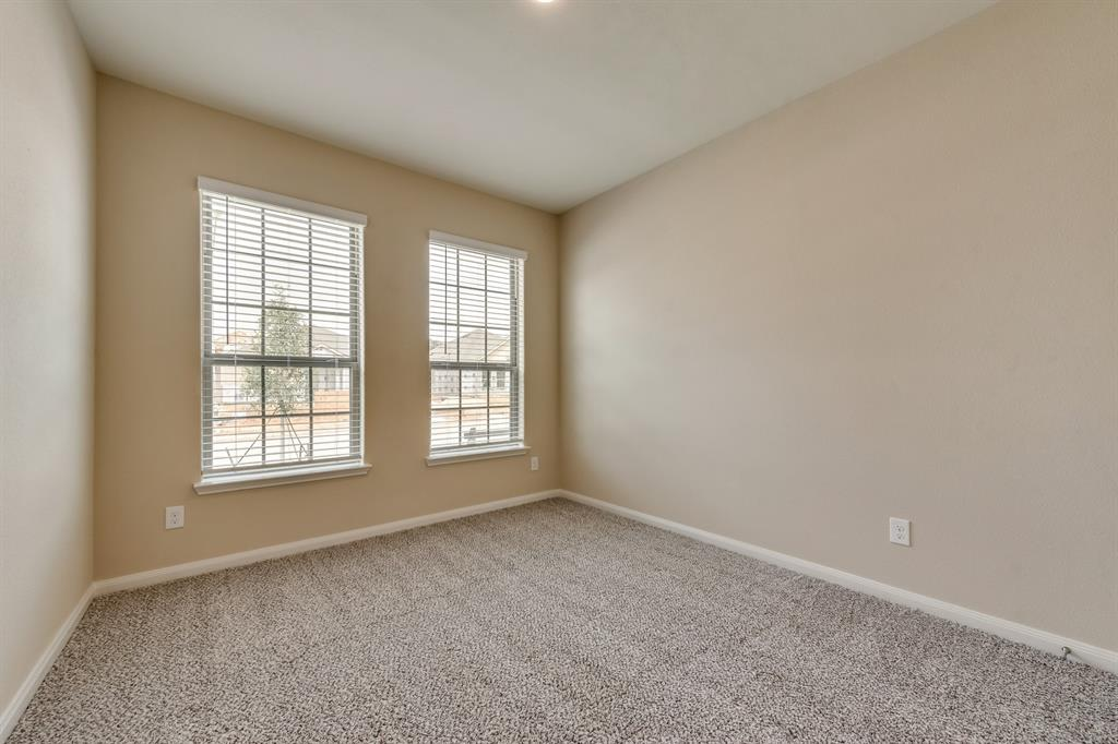 Pending | 437 Lowery Oaks  Trail Fort Worth, TX 76120 14