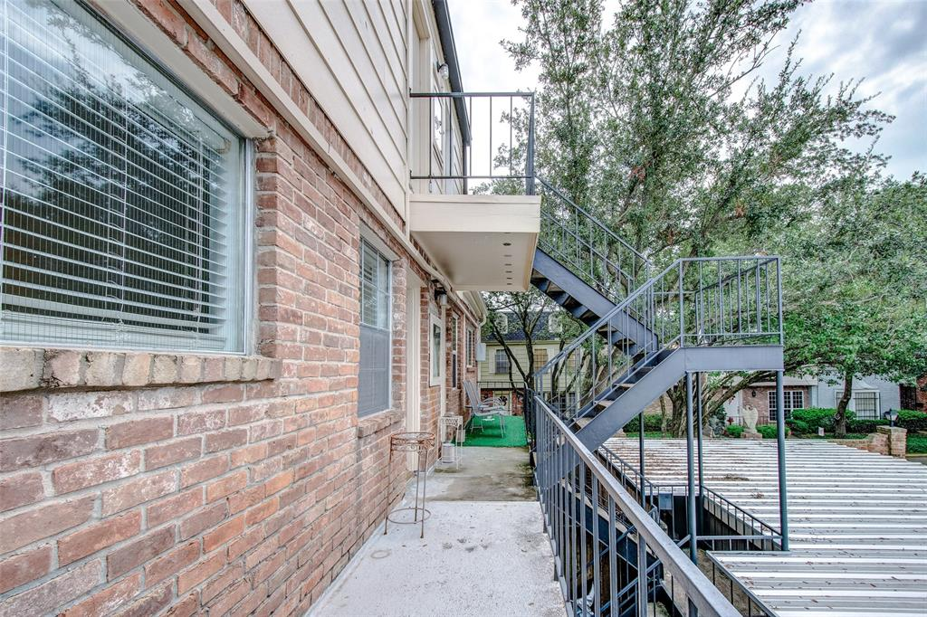 Active | 551 N Post Oak  Lane #551 Houston, TX 77024 47