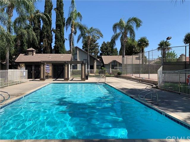 Active Under Contract |  Loma Linda, CA 92354 27