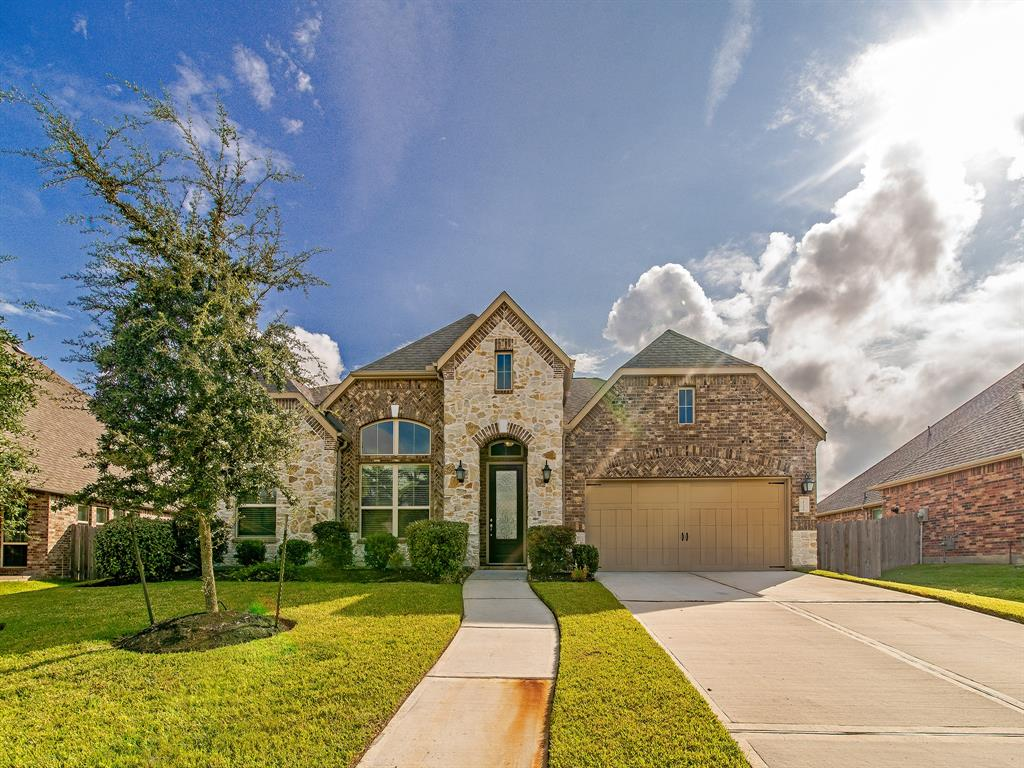 Active | 18102 Calavatra  Lane Houston, TX 77044 1